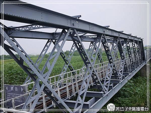 虎尾糖廠鐵橋5.jpg