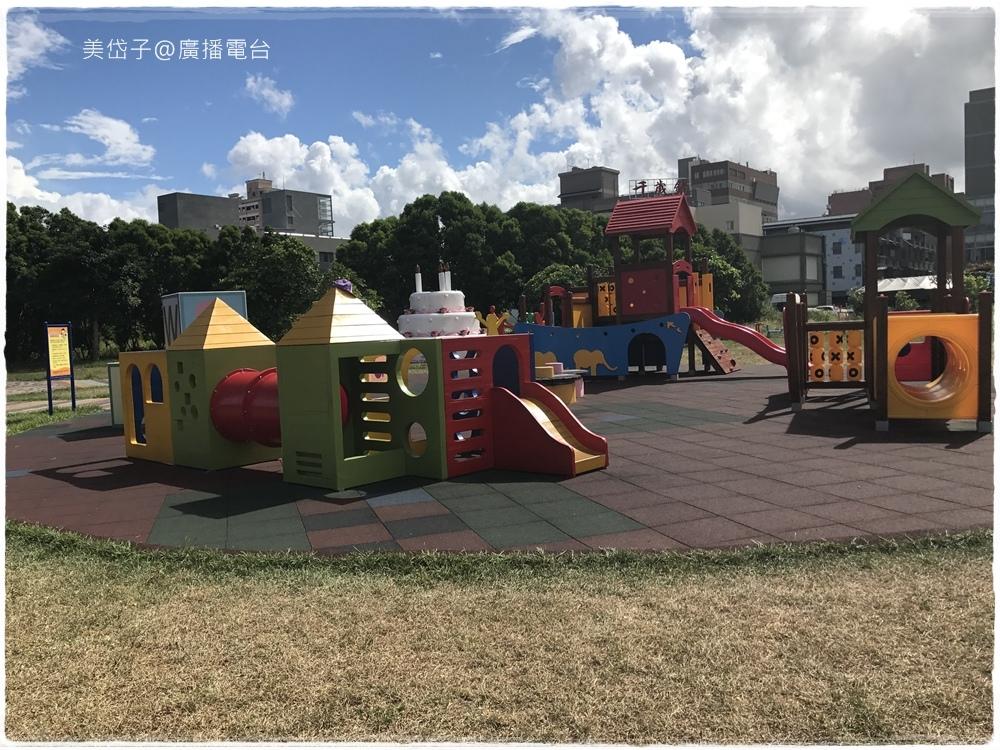 生日蛋糕公園.JPG
