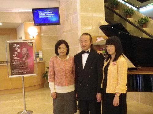 全盲音樂家黃東裕 三度登上新舞台