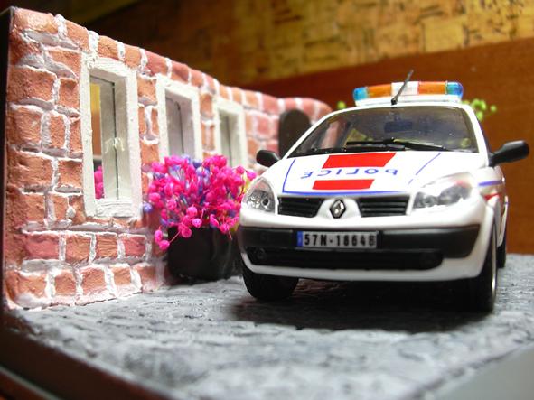 Sceinc II Police-1-20060703