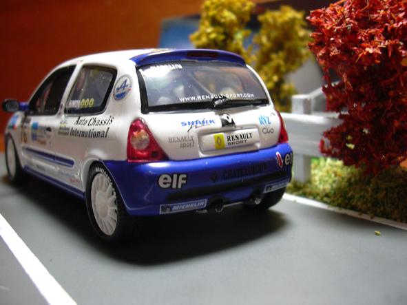 CLIO II 20061001-03
