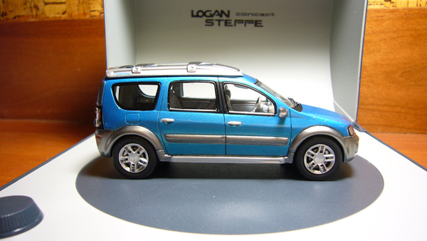Renault Logan Concept Car Steppe-2