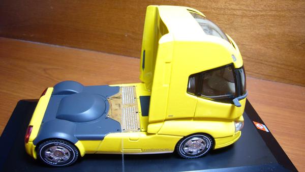 Renault Concept Car Radiance-2