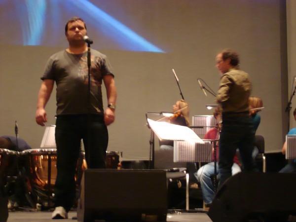 Paul's concert travel-9