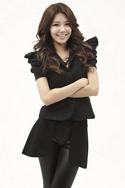 111019_the-boys_sooyoung.jpg