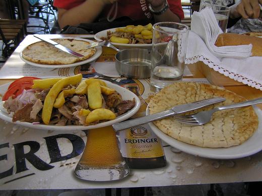 到雅典的第一頓大餐