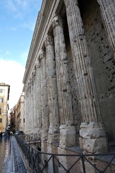 走在羅馬處處是遺跡