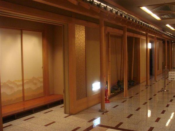 旅館裡面也有美麗裝潢