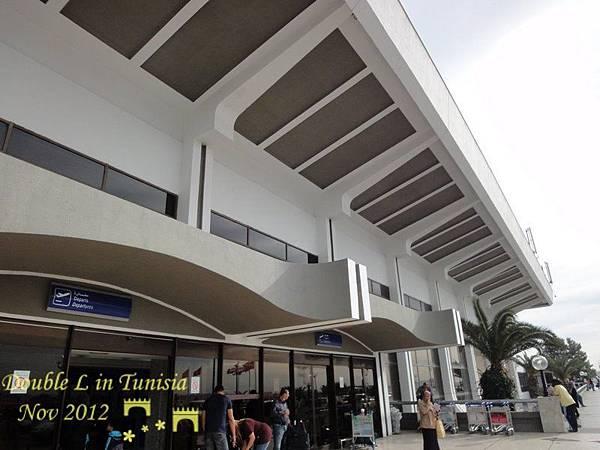 突尼斯機場外觀