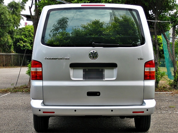 SUM冠威中古車☆vw/福斯 07年T5 SHUTTLE 1.9長軸柴油 TDi 八人座☆