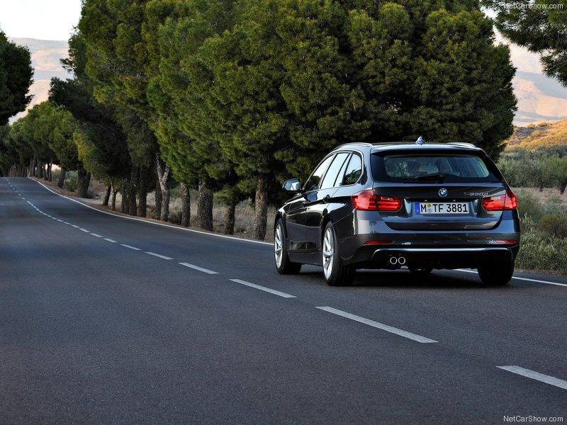 BMW-5-Series_Touring_2014_800x600_wallpaper_6