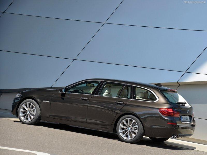 BMW-5-Series_Touring_2014_800x600_wallpaper_26
