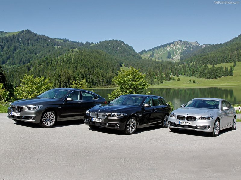BMW-5-Series_Touring_2014_800x600_wallpaper_44