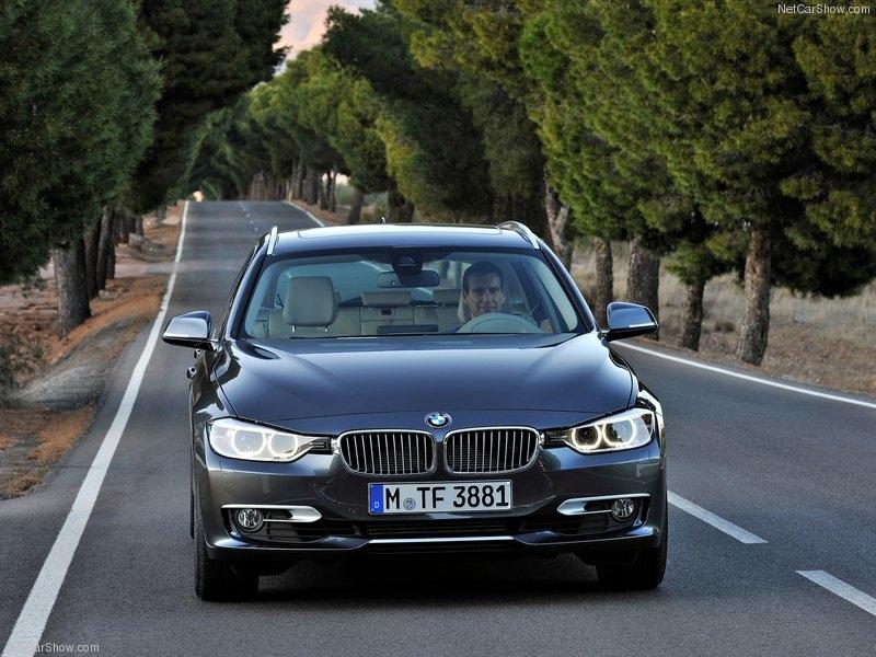 BMW-3-Series_Touring_2013_800x600_wallpaper_92