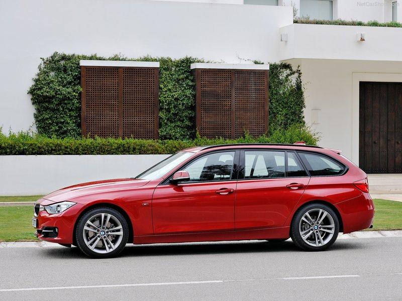 BMW-5-Series_Touring_2014_800x600_wallpaper_5