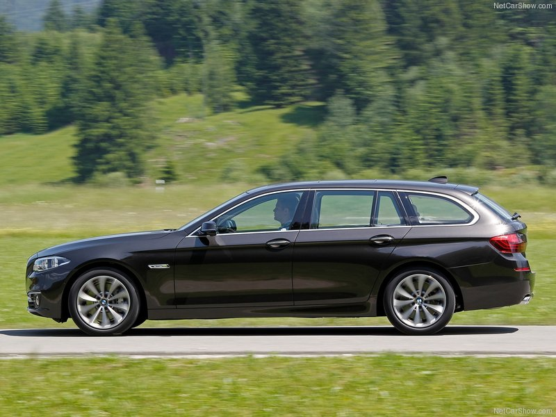 BMW-5-Series_Touring_2014_800x600_wallpaper_18