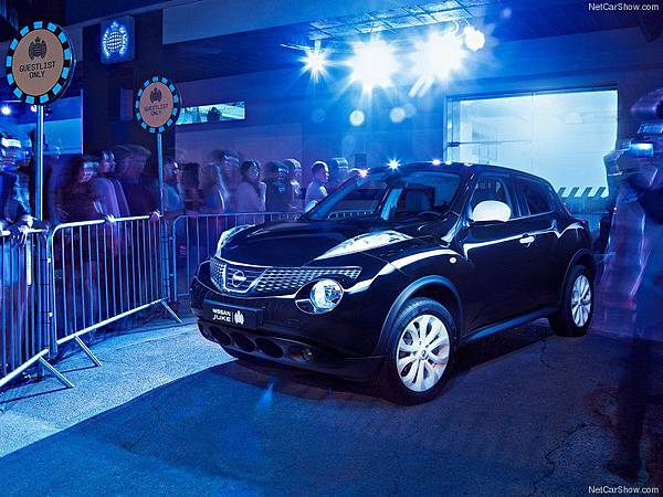 Nissan-Juke_Ministry_of_Sound_2012_800x600_wallpaper_03