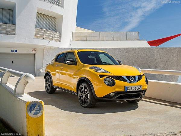 Nissan-Juke_2015_800x600_wallpaper_01