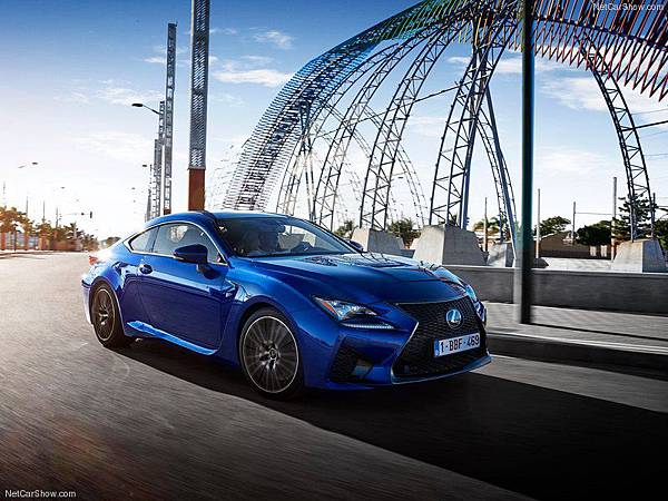 Lexus-RC_F_2015_800x600_wallpaper_27