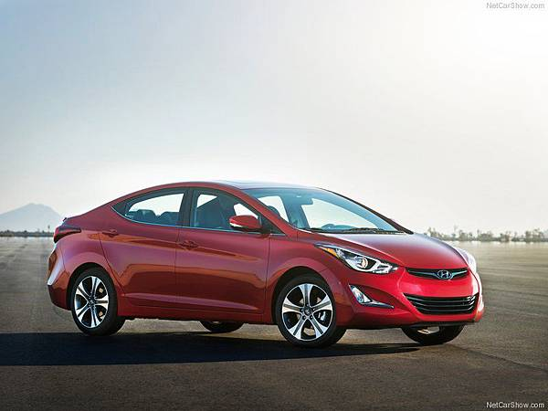 Hyundai-Elantra_Sedan_2014_800x600_wallpaper_02