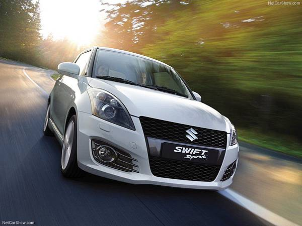 Suzuki-Swift_Sport_2012_800x600_wallpaper_07