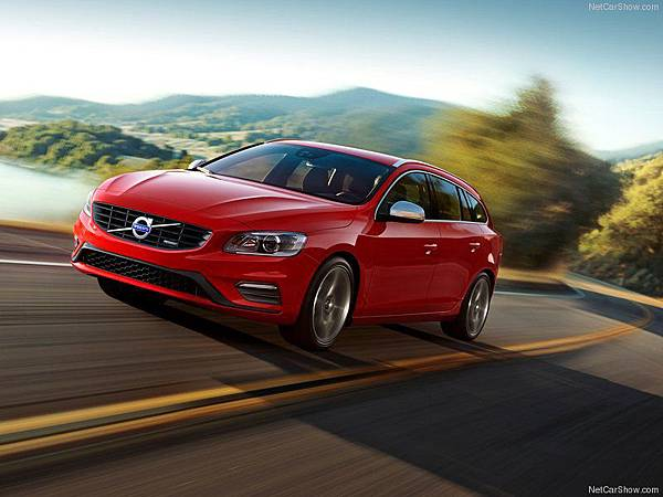 Volvo-V60_R-Design_2014_800x600_wallpaper_01