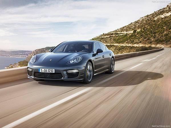 Porsche-Panamera_Turbo_S_2014_800x600_wallpaper_02