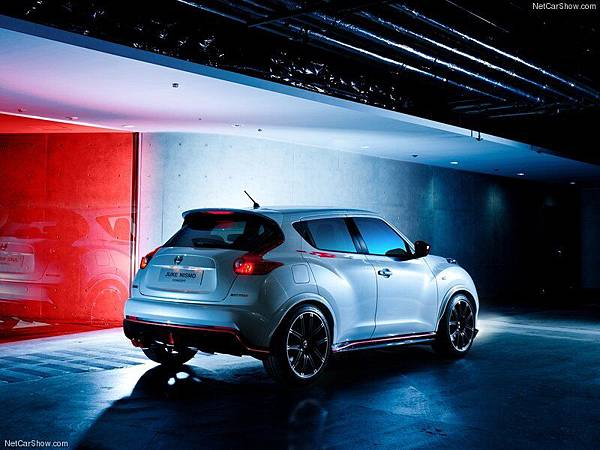 Nissan-Juke_Nismo_Concept_2012_800x600_wallpaper_07