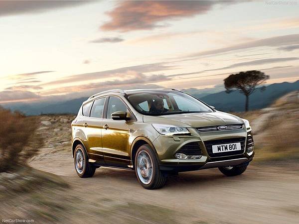 Ford-Kuga_2013_800x600_wallpaper_01