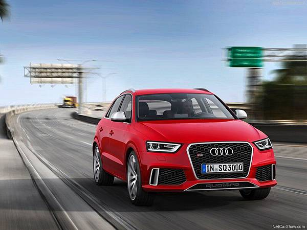 Audi-RS_Q3_2014_800x600_wallpaper_02