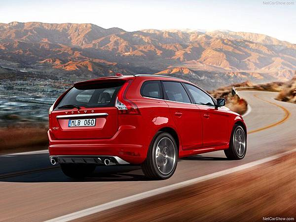 Volvo-XC60_R-Design_2014_800x600_wallpaper_02