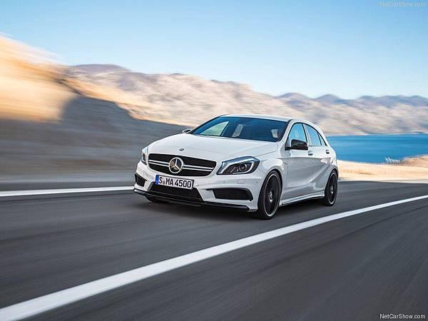 Mercedes-Benz-A45_AMG_2014_800x600_wallpaper_07