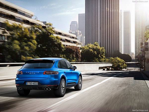 Porsche-Macan_2015_800x600_wallpaper_1f