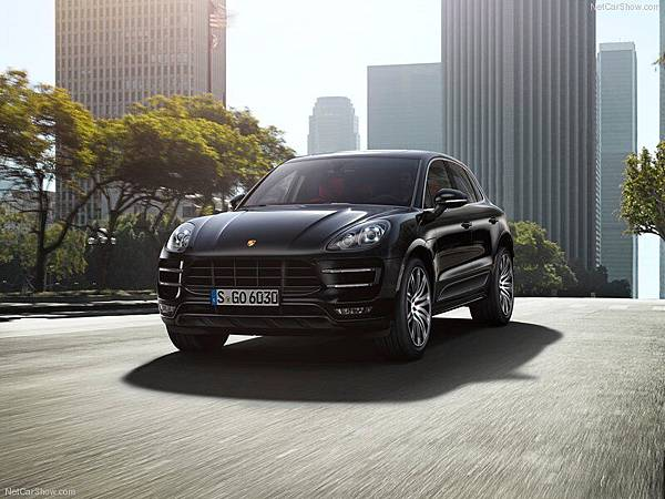 Porsche-Macan_2015_800x600_wallpaper_07