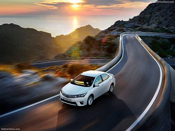 Toyota-Corolla_EU-Version_2014_800x600_wallpaper_03