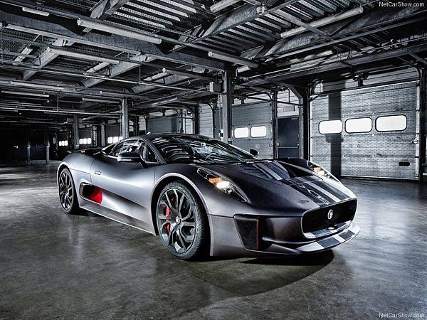 Jaguar-C-X75_Concept_2013_800x600_wallpaper_02