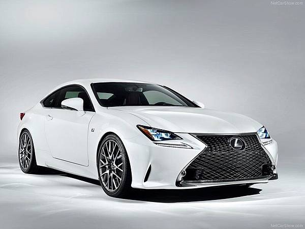 Lexus-RC_F_Sport_2015_800x600_wallpaper_01