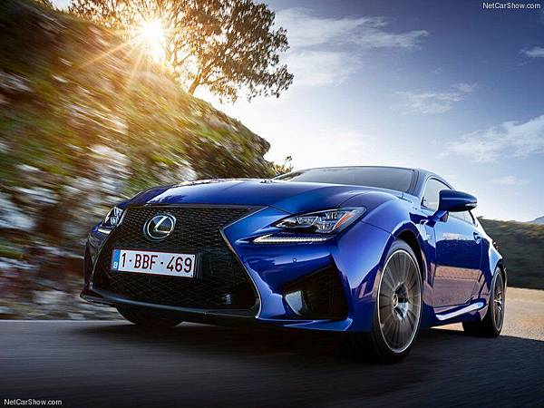 Lexus-RC_F_2015_800x600_wallpaper_21