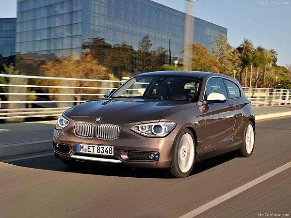 BMW-1-Series_3-door_2013_800x600_wallpaper_01