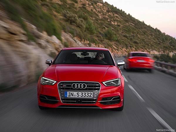 Audi-S3_Sedan_2015_800x600_wallpaper_26
