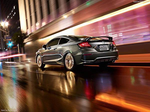 Honda-Civic_Si_Coupe_2014_800x600_wallpaper_02