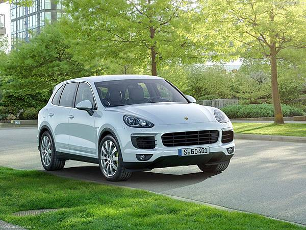 Porsche-Cayenne_2015_800x600_wallpaper_07