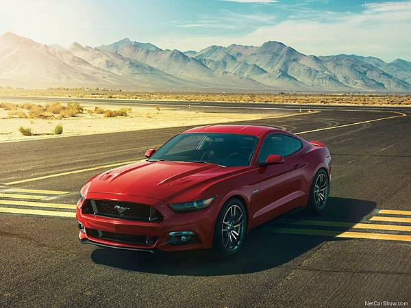 Ford-Mustang_GT_2015_800x600_wallpaper_07