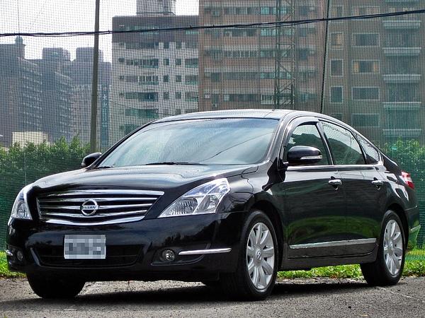 "SUM冠威汽車""☆ 正2010 Nissan Teana 2.5 LG 影音特式車~新車價:111萬 8 DVD 領牌車 業績車 試乘車☆"