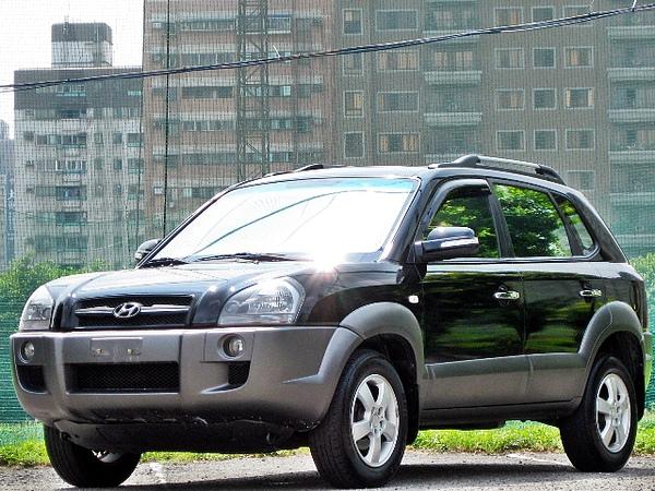 SUM冠威中古車☆ Hyundai /現代 05年TUCSON 汽油 定速 雙安 天窗☆