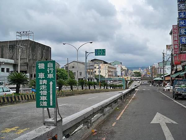台3豐原地下道 01.JPG