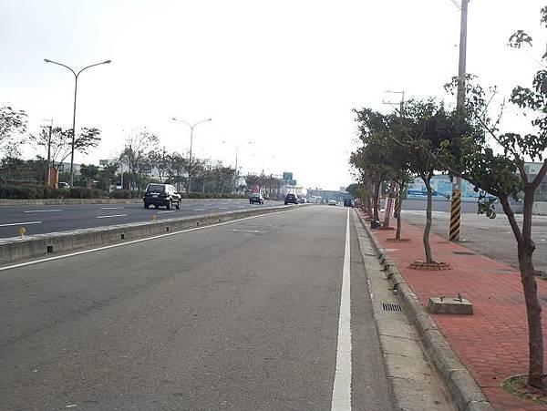 縣道136起點~鐵路地下道 11.JPG
