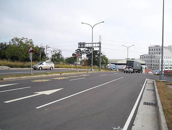 縣道136起點~鐵路地下道 26.JPG