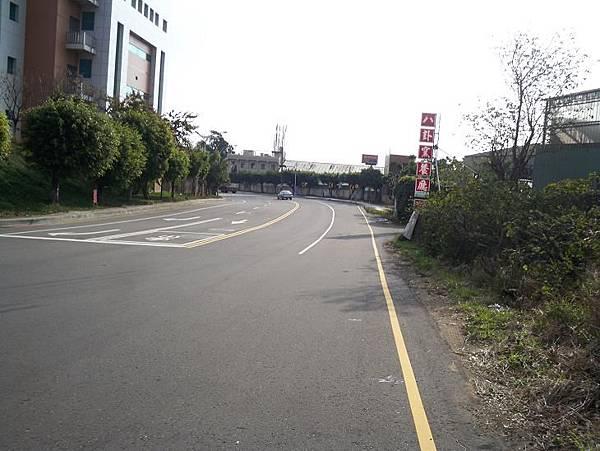 縣道136起點~鐵路地下道 39.JPG