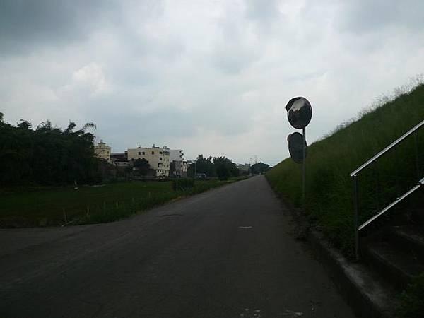 大肚溪北岸單車道 131.JPG